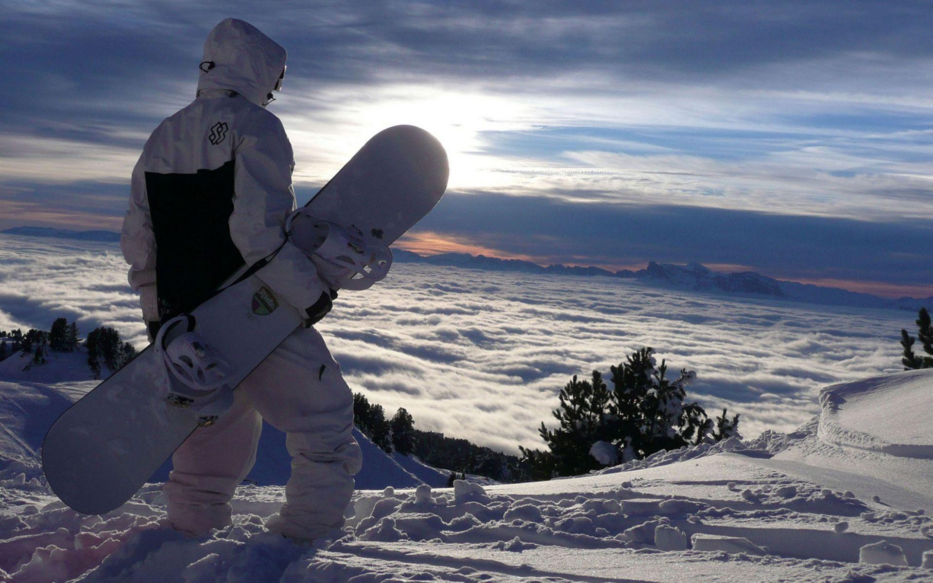 Сноуборды и аксессуары
