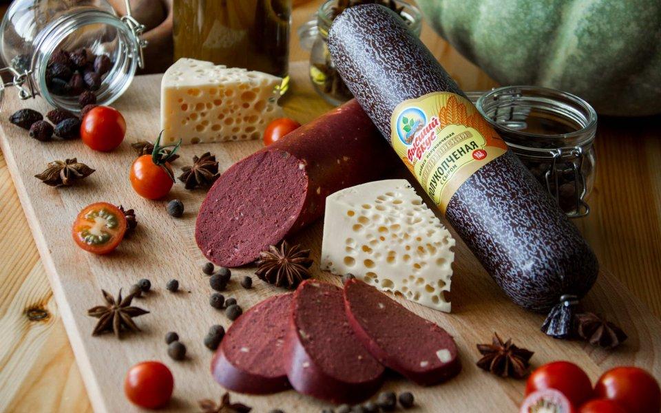 Свойства вегетарианской колбасы