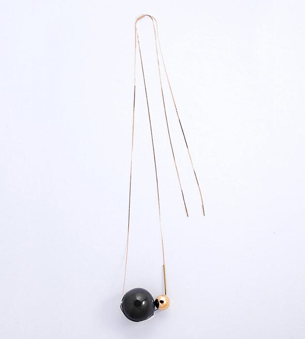 купите изящная подвеска с чёрным и золотым шариками из муранского стекла