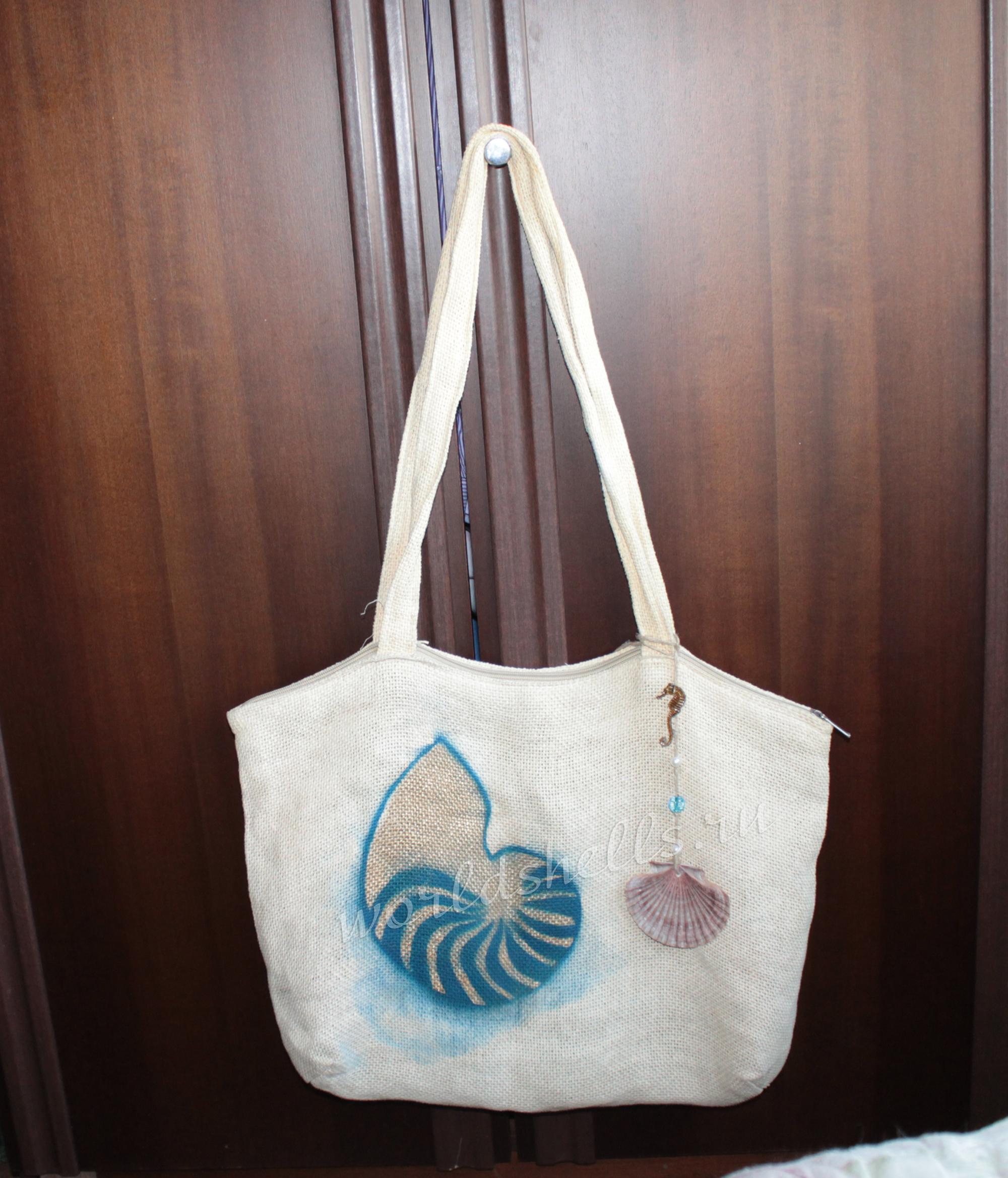Пляжная сумка в морской стилистике