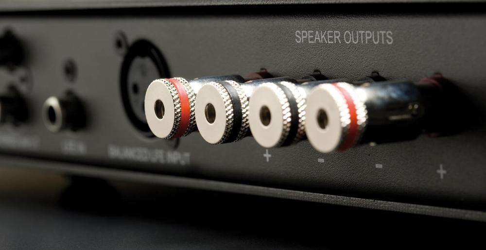 Усилитель для встраиваемого сабвуфера Monitor Audio IWA-250