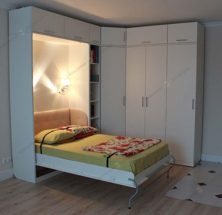 кровать встроенная в угловой шкаф фото там, где степь