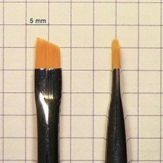кисть для химической окраски бровей
