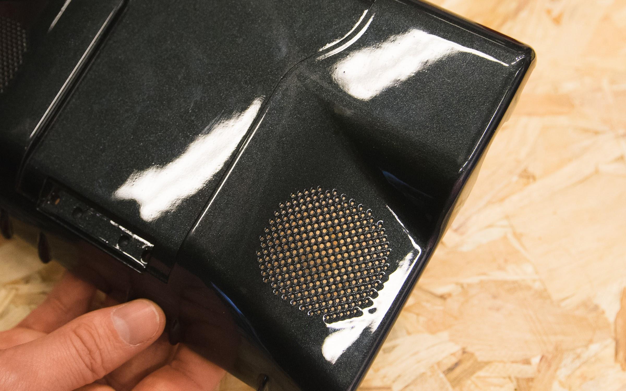 Глянцевая окраска распылением на части SLS
