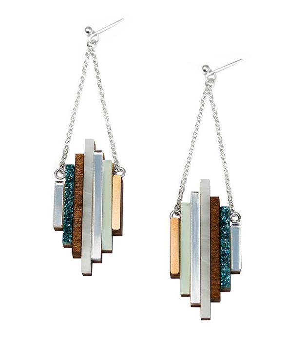 купите стильные серьги ручной работы от английского бренда Wolf&Moon - Ripple earrings Mint