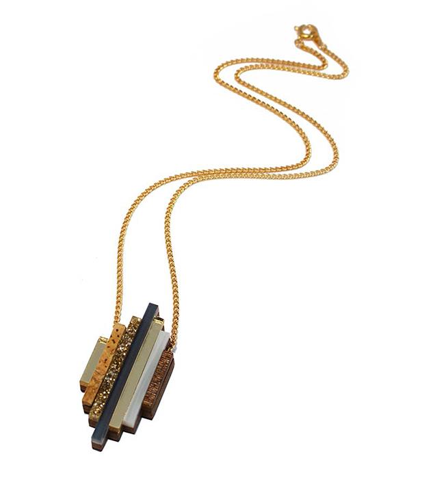 купите украшение из дерева, пробки и плексигласа Ripple necklace Navy от английского бренда Wolf&Moon