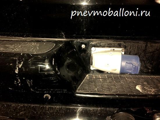 chevrolet_express_pnevmoballoni_2_1_.jpg