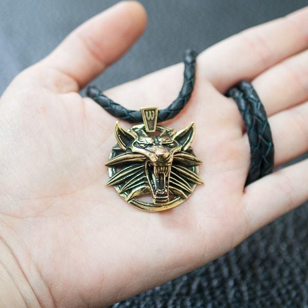 Медальон Ведьмака со шнуром