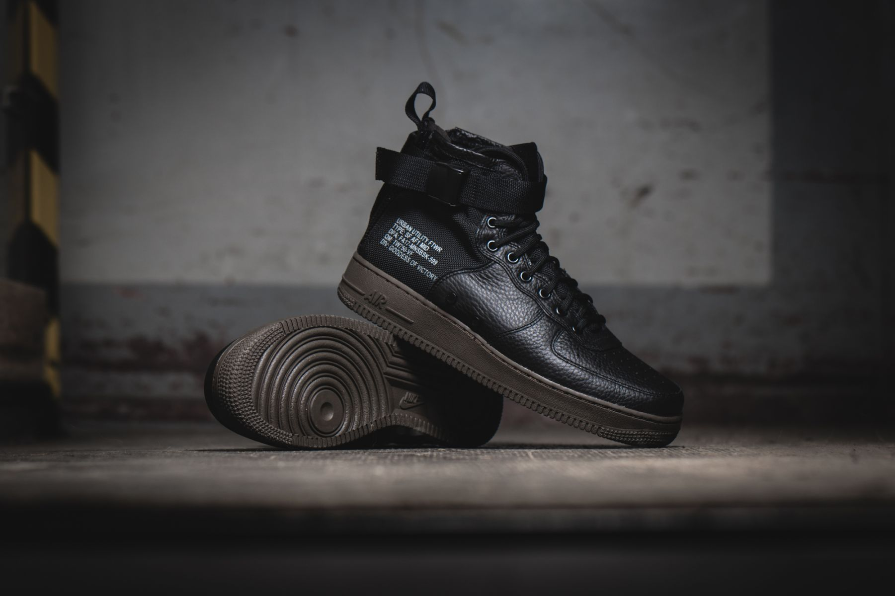Nike_Air_Force_SF_Black_1