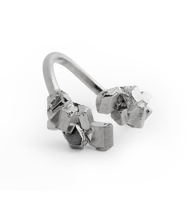 Серебряное-кольцо-Silver-Crystallize-от-Wilhelmina-Garcia.jpg