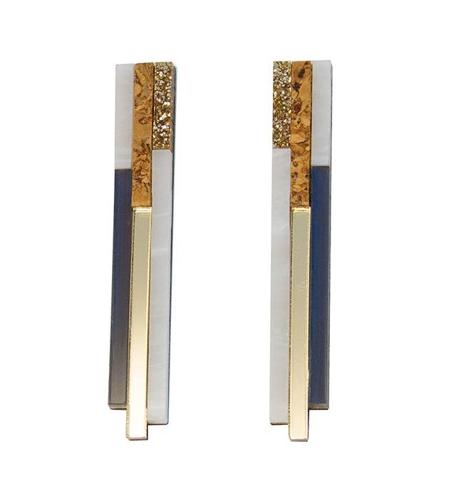 купите геометричные серьги от английского бренда Wolf&Moon - River studs Navy