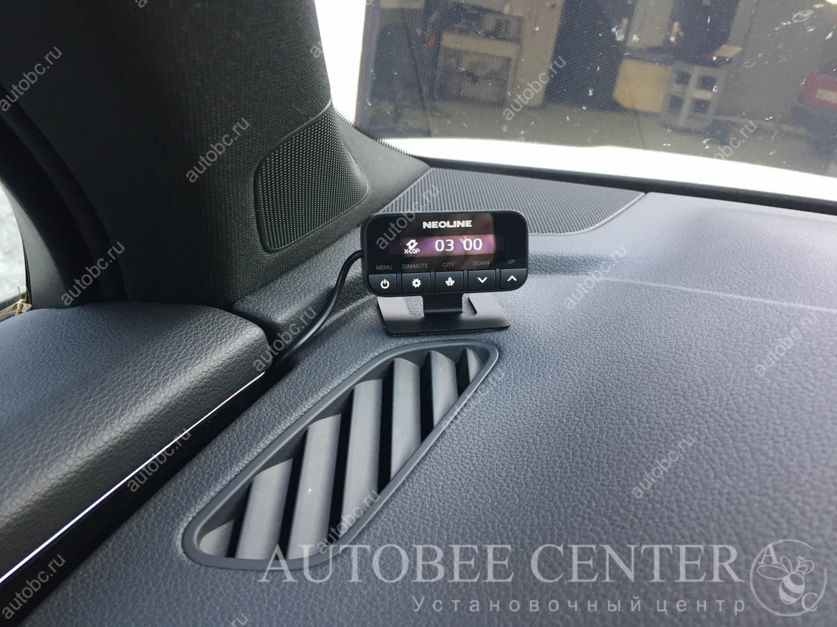Ауди Q7 (радар-детектор и видеорегистратор)