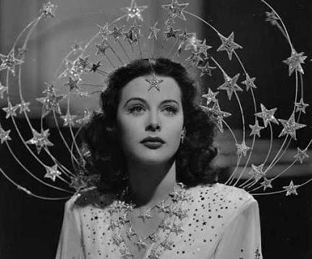 Актриса Хайди Ламарр (Hedy Lamarr) в фильме 1941 г. Ziegfeld Girl