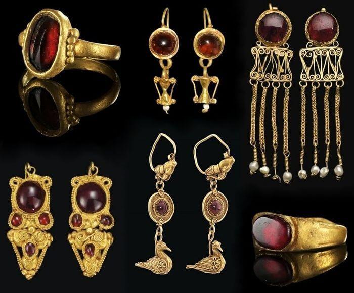 старинные золотые украшения с гранатом