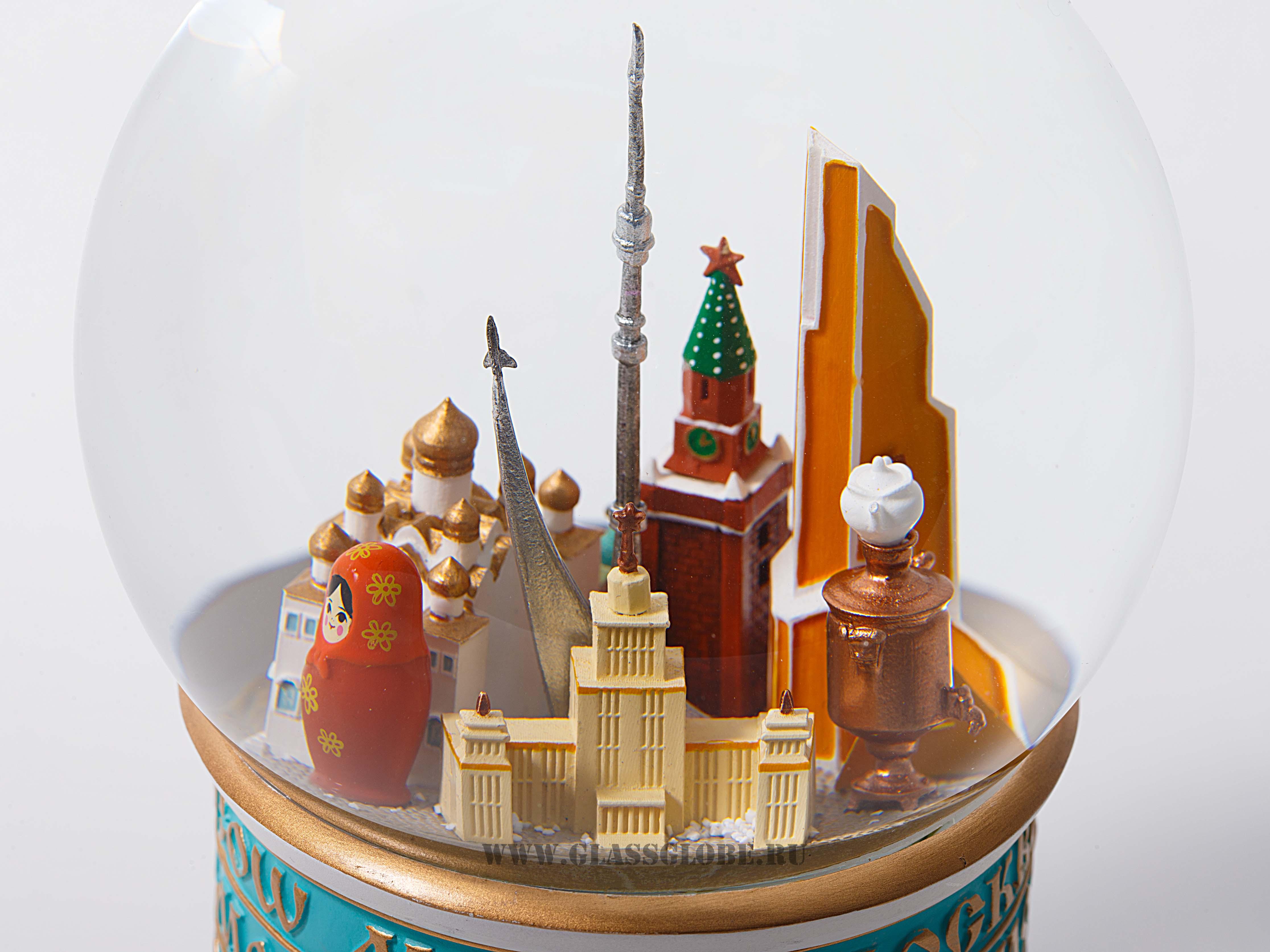 Шар со снегом Москва