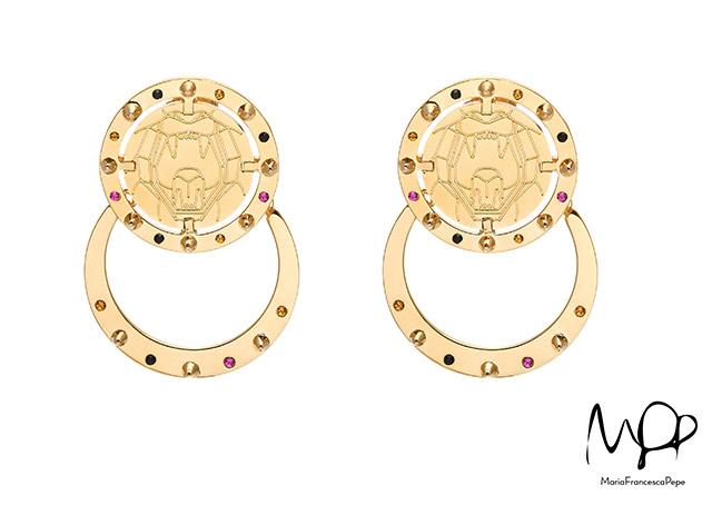 Массивные серьги золотого цвета Lion Medal от Maria Francesca Pepe