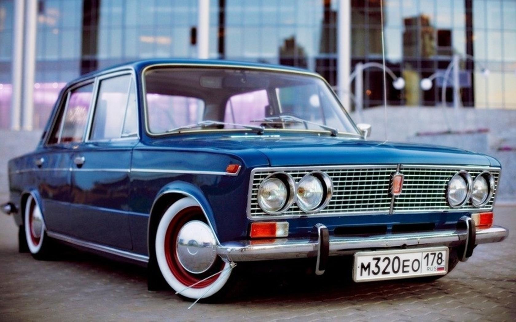 Автомобиль ВАЗ