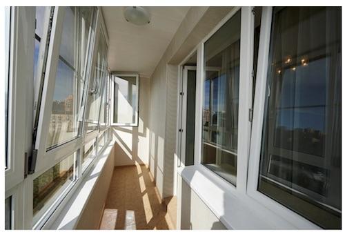 какое остекление лучше выбрать для своего балкона