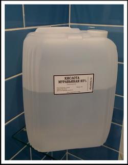 Муравьиная кислота для пикельных растворов в мелкой и крупной фасовке.