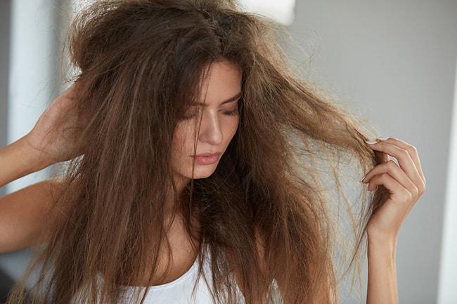 Что делать, если у вас пористые волосы?