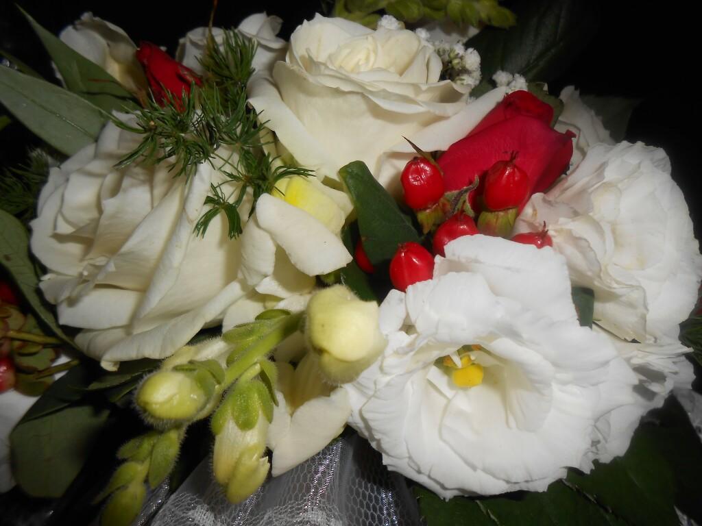 букет_невесты_Оформление_цветами_Алматы.jpg