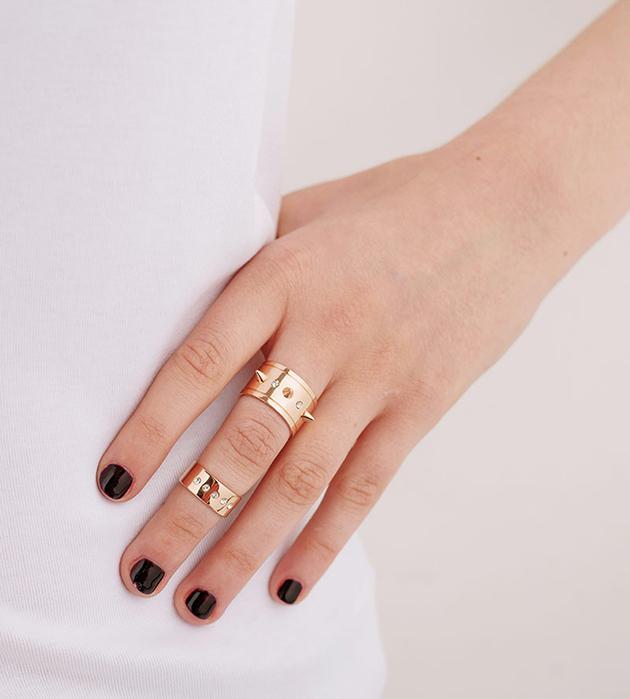 купите эффектный сет из двух колец на палец и на фалангу от Maria Francesca Pepe