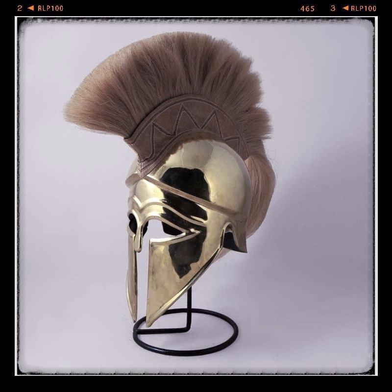 Коринфский шлем, репродукция.