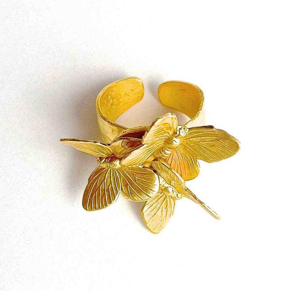 Купите золотое кольцо с бабочками ручной работы