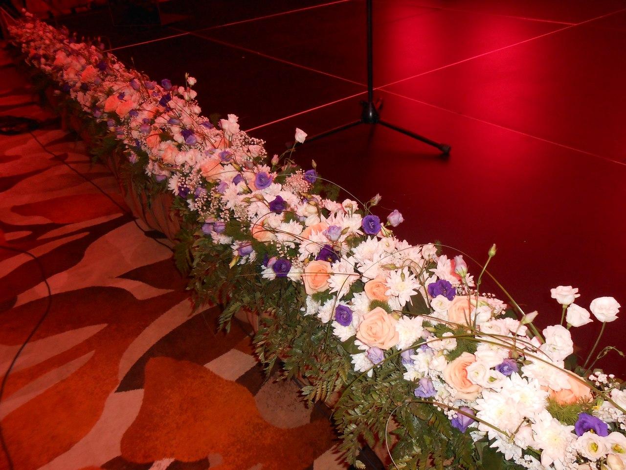 распространённые цветы для украшения сцены картинки гарнитур заказ стародубе