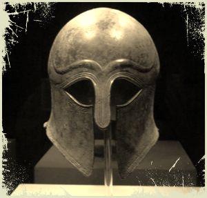 Музейный экспонат корфинского шлема