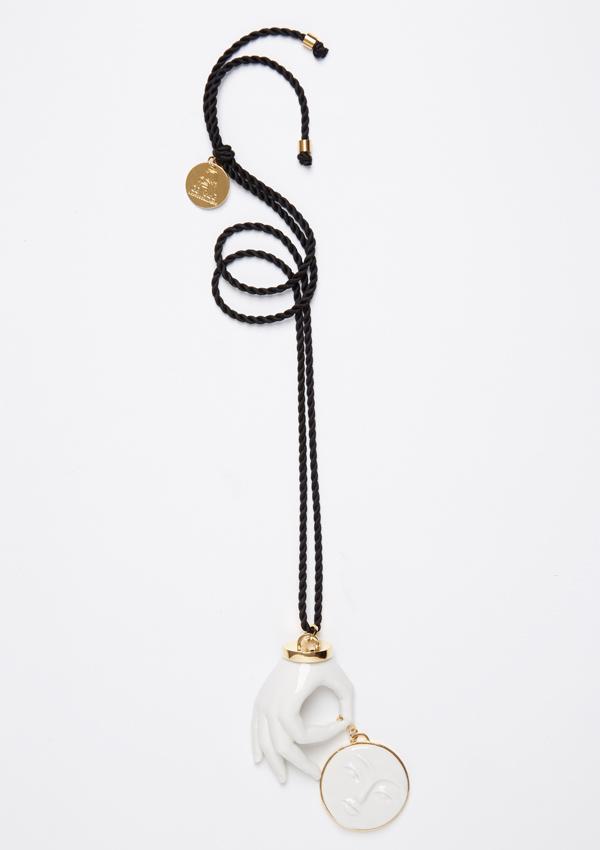 Колье-Hand-Moon-на-шелковом-шнурке-дизайнера-ANDRES-GALLARDO.jpg