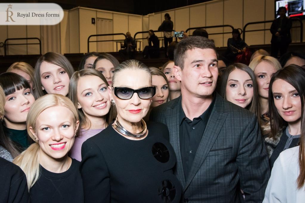 Креативная команда модного дома Пьера Кардена в Москве на Неделе Моды