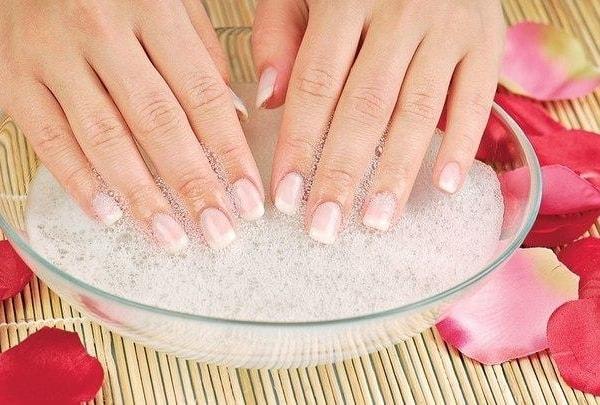 Уход и восстановление ногтей