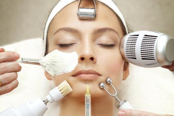 Знакомимся с эффективными косметологическими процедурами