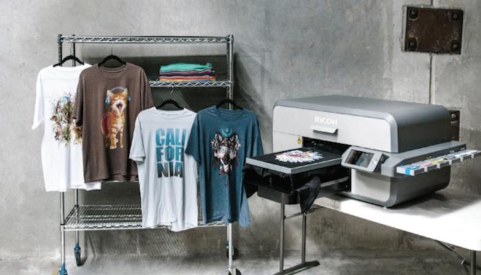 Нанесение на футболку с помощью принтера
