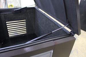 Газовые амортизаторы верхней крышки будки для генератора