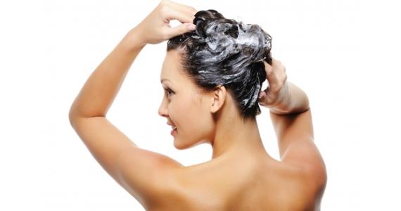 Правильно мытье головы шампнем