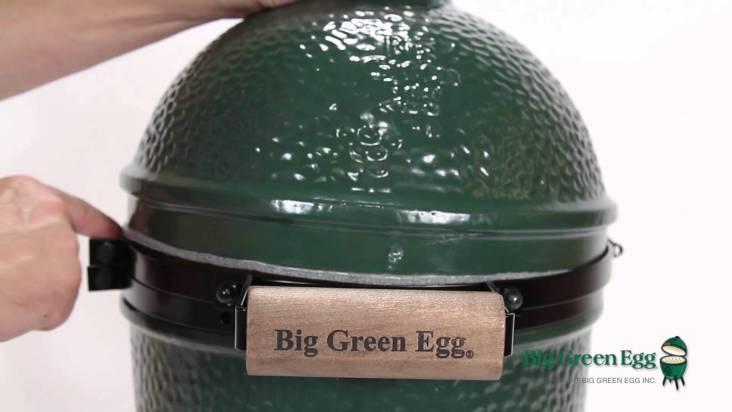 Mini Big Green Egg Assembly