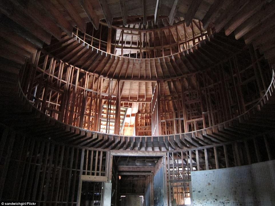 Купольный дом внутри