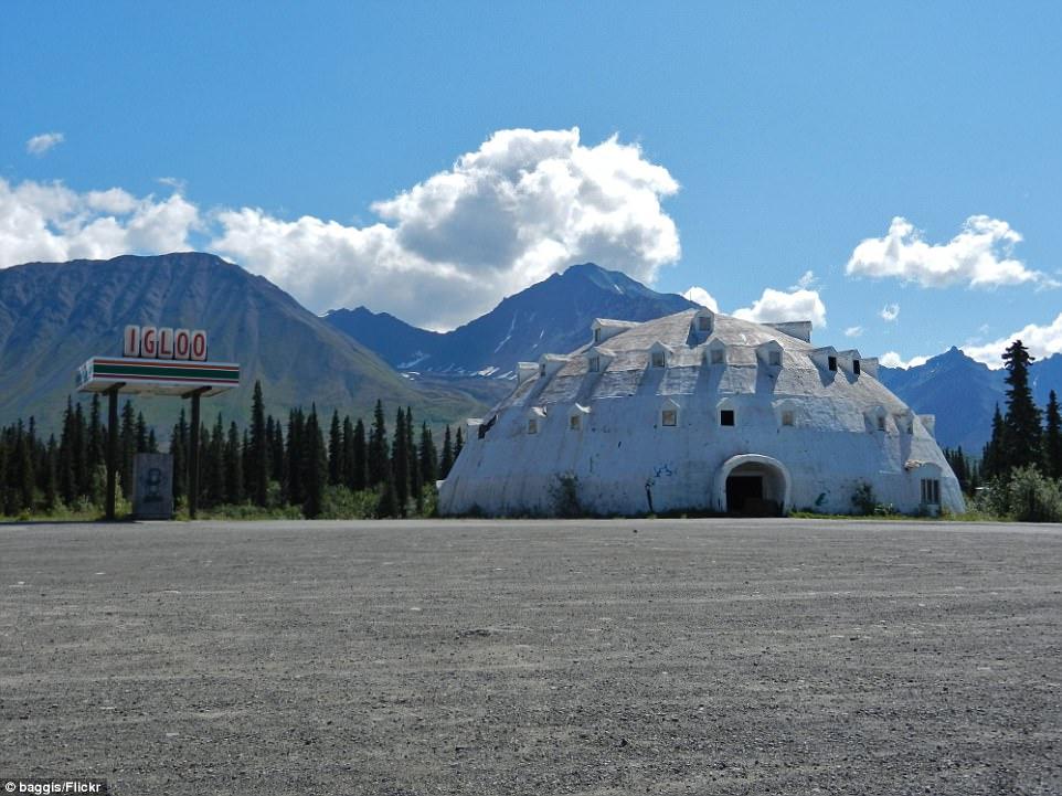 купольный отель на Аляске.