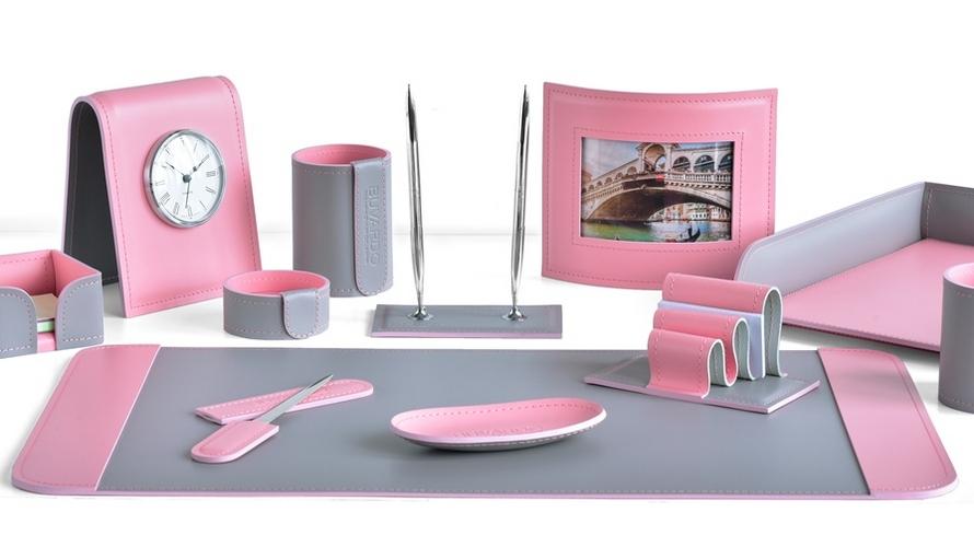 Наборы руководителя Бизнес цвет кожи серый с розовым.