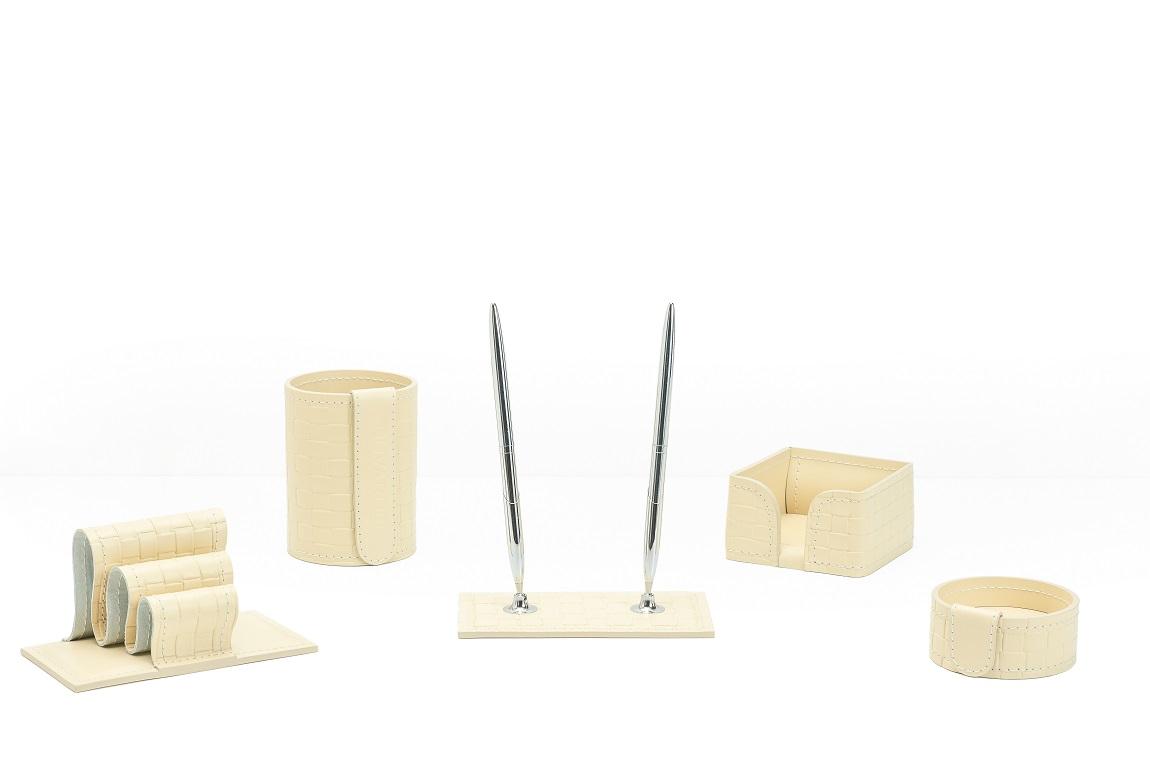 Трендовые кожаные офисные аксессуары из кожи cuoietto