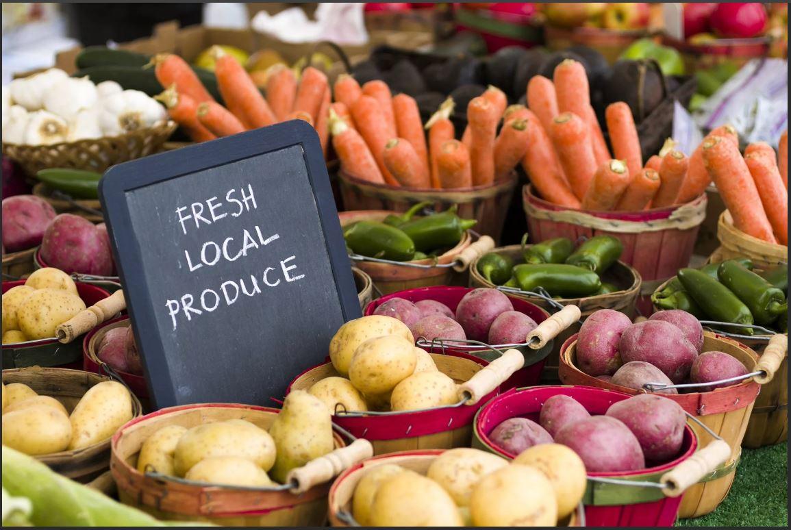 Где лучше всего покупать овощи и фрукты?