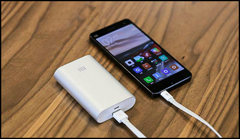 Xiaomi_Power_Bank_10000_mAh_В_Красноярске.jpg