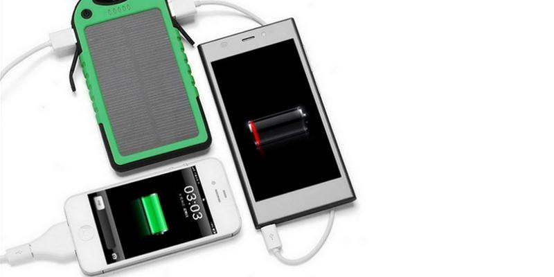 Внешний аккумулятор Power Bank на солнечных батареях Solar Charger 5000mah 1