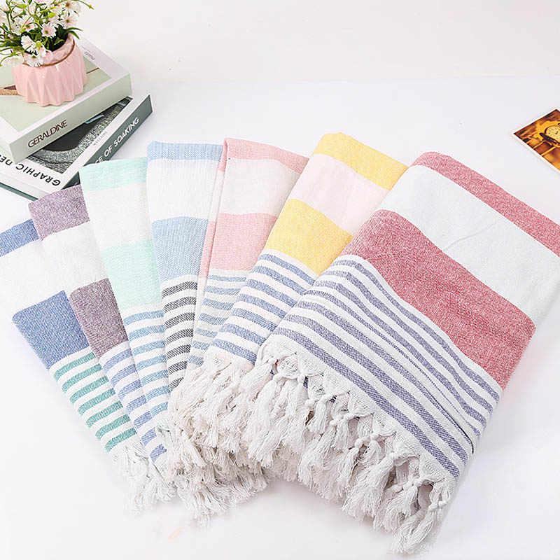 Красивое банное полотенце