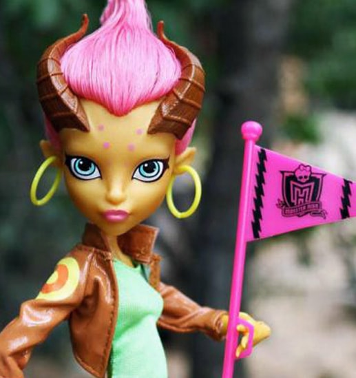 кукла Гильда Голдстаг, Monster High