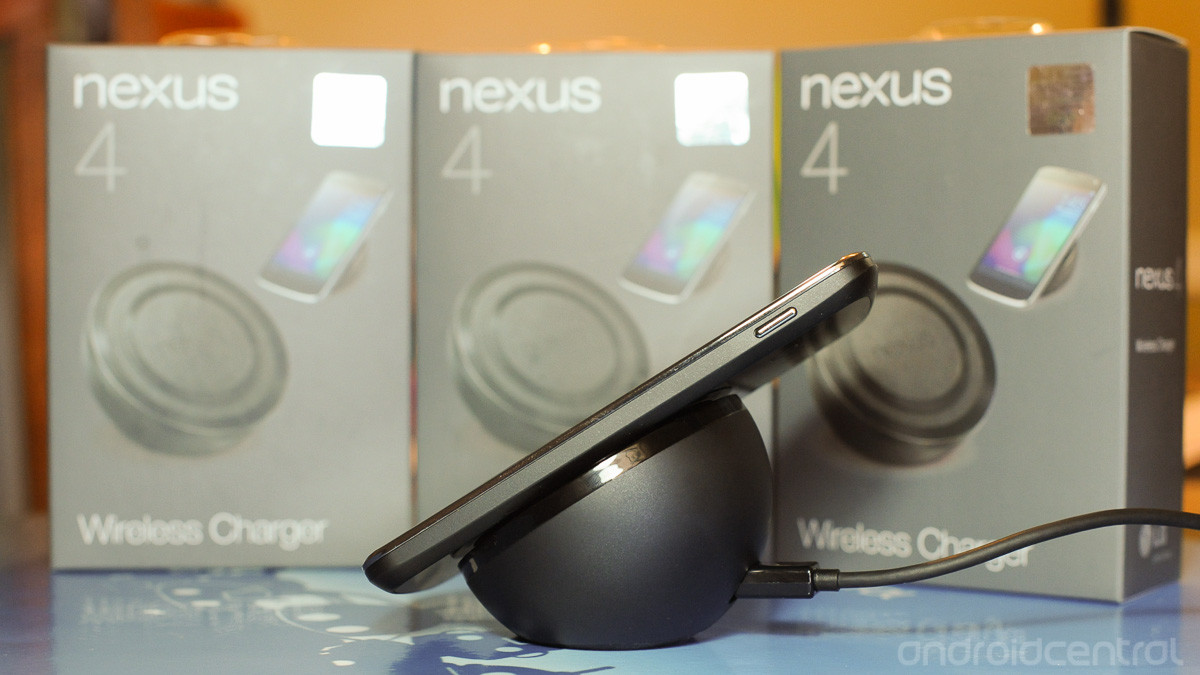 nexus-4-wireless-charger-4.jpg