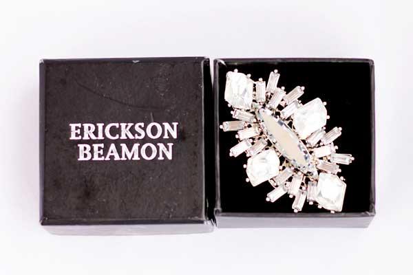 купить белое кольцо Erickson Beamon рублей