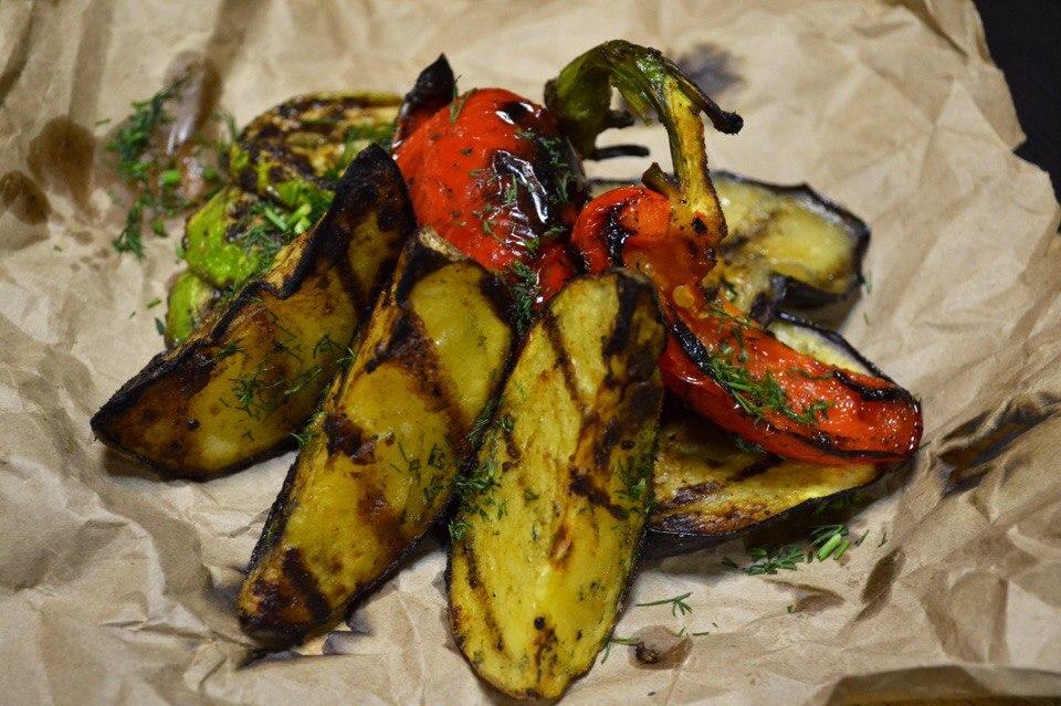 Вкусные овощи гриль